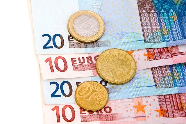 money-15213_640