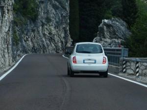 road-367536_640