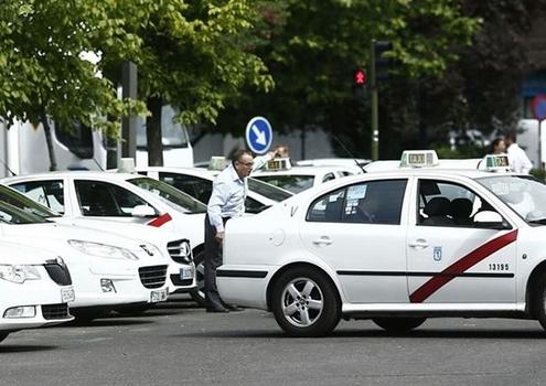 El TS no considera discriminatorias limitaciones como que haya una sola licencia VTC por cada 30 taxis